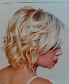 25 New Short Wavy Hairstyles