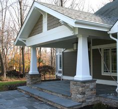 Looking to get craftsman style porch pillars? A garden porch enables an amazing and also pleasing living area all through the summer time – and even into winter… Front Porch Pillars, Front Porch Posts, Front Porch Design, Porch Designs, House Pillars, Side Porch, Craftsman Style Porch, Craftsman Columns, Craftsman Exterior