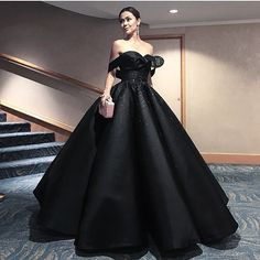 Cheap robe de soiree, Buy Quality gown prom dress directly from China black evening dress Suppliers: Puffy Arabic Black Evening Dress 2017 Couture Off Shoulder Ball Gown Prom Dresses Beading Elegant Party Gowns Robe De Soiree