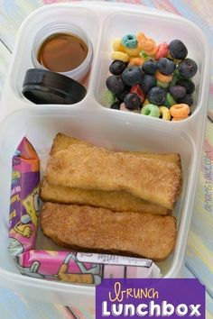Breakfast or brunch themed bento lunch box and more fun + easy lunchbox ideas fo. - Breakfast and Brunch Recipes - Lunch Box Bento, Easy Lunch Boxes, Lunch Snacks, Lunch Ideas, Bento Ideas, Bento Lunchbox, Box Lunches, Healthy Lunches, Kids Packed Lunch