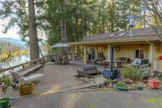 5545 Riverbanks Rd, Grants Pass, OR 97527