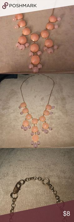 Pink Bubble Necklace Perfect condition, 2 shades of pink bubble necklace Jewelry Necklaces
