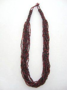 ~go cocks~ must have this asap! Gamecock Nation, Go Gamecocks, South Carolina Gamecocks, Garnet, Beaded Necklace, My Style, Beauty, Black, Jewelry