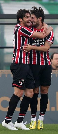 Palmeiras v Sao Paulo In This Photo: Pato, Kaka Pato (R) of Sao Paulo celebrates scoring the first goal with Kaka during the match between Palmeiras and Sao Paulo for the Brazilian Series A 2014 at Estadio do Pacaembu on August 17, 2014 in Sao Paulo, Brazil.