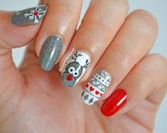 Reindeer Nails by @nailscontext for the Holiday Season #winternails #christmasnails