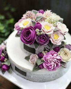 @ricetree.cake @ricetree_cake ........ 화려하고 풍성한 라이스트리 2단케이크 수강 및 주문 문의는 네이버에서…