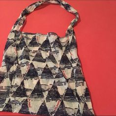 Free People Triangle Pyramid Bag Length: 15' Length w/ strap: 29'. Width: 15' Free People Bags