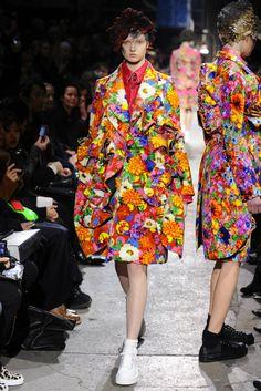 Comme des Garçons RTW Fall 2013 - Slideshow - Runway, Fashion Week, Reviews and Slideshows - WWD.com