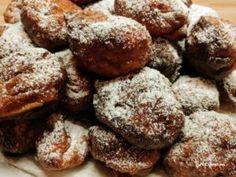 Kovászos túrófánk | Betty hobbi konyhája Hobbit, Cookies, Chocolate, Desserts, Food, Crack Crackers, Tailgate Desserts, Deserts, Biscuits