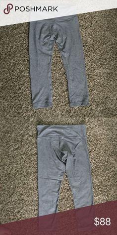 Activewear Mint Condition! Soft Wunder Under with pocket in back waistline; 3/4 lululemon athletica Pants Leggings