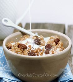 Oatmeal Raisin Cookie Oatmeal - tastes like eating cookies for breakfast! http://chocolatecoveredkatie.com/2013/03/18/oatmeal-raisin-cookie-oatmeal/