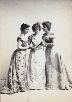 Edwardian ball gowns    Wish I lived in this era. I would love to go to balls and gatherings and just dress this way in general!