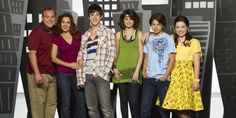 "14 Things You Never Knew About ""Wizards of Waverly Place"" < My favourite childhood show!"