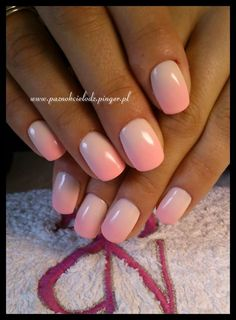 shellac ombre pink nude nails Ombre Shellac, Pink Ombre Nails, Nude Nails, Finger Nail Art, Nail Envy, Bibs, Nail Ideas, Hair Makeup, Burgundy