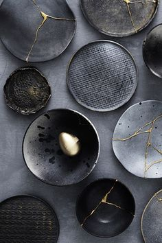 Kintsugi The Gold Trimmed Dish is bathed in a beautiful gloss black glaze + trimmed in real, genuine gold and placed into the kiln for a third firing. / Handcrafted Artisan Ceramics by Mel Volkman / Magical Ceramics, Magical Jewelry Dish, Stardu. Kintsugi, Ceramic Plates, Ceramic Pottery, Ceramic Art, Keramik Design, Kitchen Cutlery, Gold Kitchen, Camping Photography, Black Photography