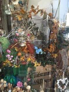 A Swanage shop front inspired by Midsummer Dreams
