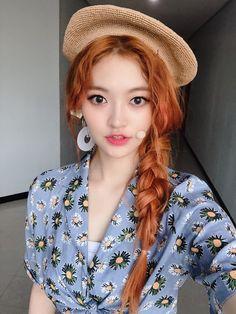 Somyi - Dia Beautiful Moments, Most Beautiful, Lee Sun, Kim Young, Jung Chaeyeon, Fandom, Girl Crushes, Kpop Girls, Girl Power