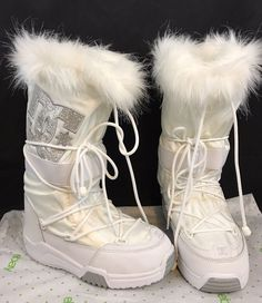 f6eaf982279 Women s DC Chalet White Knee High Lace Up Faux Fur Boots Size 5-6