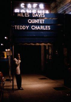 Miles Davis in NYC, hide captionMiles Davis takes a break under the marquee of the jazz club Cafe Bohemia in New York City, Marvin Koner/CORBIS Miles Davis, Soul Jazz, Jazz Artists, Jazz Musicians, Louis Armstrong, Rock Indie, Damien Chazelle, Kind Of Blue, Jazz Club