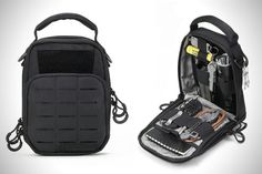 Nitecore EDC Pouch More - This looks really sweet, but I'll stick with my Condor Sidekick. Edc Gadgets, Belt Holder, Edc Tactical, Edc Everyday Carry, Edc Carry, Go Bags, Bug Out Bag, Edc Tools, Cool Gear