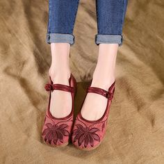 87935a1e25e Hot-sale Flower Embroidery Chinese Knot Flat Retro Loafers For Women
