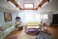 acetic living room