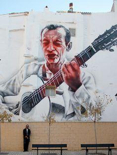 el mac tudela spain graffiti El Guitarrista
