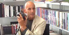 Voici une vidéo dans laquelle Joel Meyerowitz, un photographe de rue reconnu, partage son approche de la photographie et de la composition.