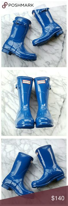 "Hunter Original High Gloss Short Boot Genuine Hunter high gloss short boots in bright blue. Rubber upper with high gloss finish, textile lining, manmade heel and sole. Shaft height 10"", circumference 14.25"", heel height. 75"", length 9.75"", width 3.5"". Size UK 4/US 6/EURO 37. Hunter boots run large to accommodate boot socks. New in original box. Hunter Boots Shoes Winter & Rain Boots"
