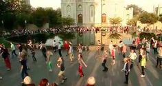 LDS youths flash mob on Temple Square (+ video) | Deseret News
