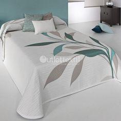 Colcha Reversible SMART Reig Martí Quilt Bedding, Linen Bedding, Duvet, Home Tex, Bed Cover Design, Embroidered Bedding, Owl Quilts, Kerala House Design, Decoration Bedroom