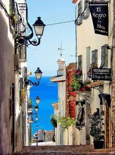 Bucket list Live for a few months + learn Spanish + Go salsa dancing in Spain (Photo: Altea, Alicante, Spain) Places Around The World, Travel Around The World, Around The Worlds, Places To Travel, Places To See, Wonderful Places, Beautiful Places, Beautiful Streets, Places In Spain