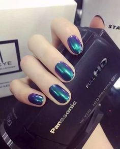 Mirror effect  #Coolnails_academy#Chromenails #gelpromo#coolnails#petaling jaya#nailcoolart#nail #courses#nail courses#eyelash #eyelash#美甲#extension#eyelash courses#art #nail art#nail design#3D art#3D nail art#nail club#nail salon#nailfans#nail fashion#nail trend #+603-7886 3229