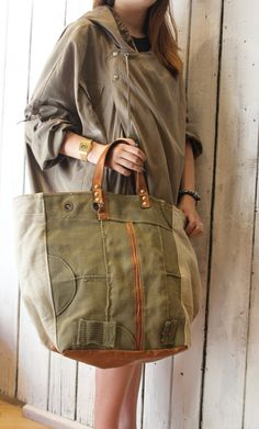 MY BAG MILITARY 4 Handmade Italian Leather & military Canvas Tote Handbag with handmade genuine leather handles. Vintage fabric interior. if you want i cand add a shoulder strap. Like all bags from La Sellerie Limited, also this bag is one of a kind. free shipping measurement Length cm 54/36 Hight cm 36 Width cm 24x31