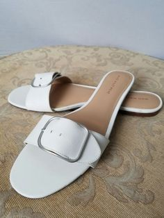 d73ea9a3c9f7be Womens Flat Sandals in White Brand New Without Box Size 10  fashion   clothing