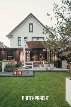 Small Courtyard Gardens, Small Courtyards, Back Gardens, Outdoor Gardens, Backyard Patio Designs, Backyard Landscaping, Dream Garden, Home And Garden, Garden Architecture