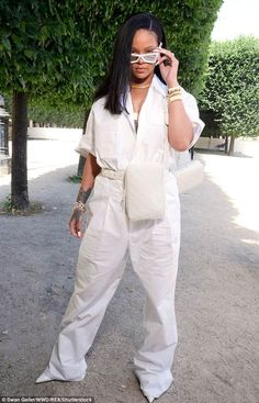 Rihanna turned heads in a white boiler suit as she arrived at the Louis Vuitton Menswear Spring/Summer 2019 show as part of Paris Fashion Week in Paris, France on Thursday, June Mode Rihanna, Rihanna Riri, Rihanna Style, Rhianna Fashion, Rihanna Outfits, Fashion Outfits, Men's Outfits, Fashion Styles, Men's Fashion