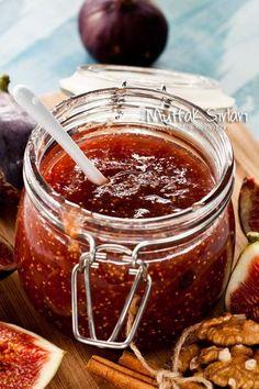 İncir Marmelatı nasıl yapılır ? Ayrıca size fikir verecek 4 yorum var. Tarifin püf noktaları, binlerce yemek tarifi ve daha fazlası...