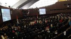SUMPAH ANGGOTA DPR,MPR DAN DPD- Anggota MPR-DPR-DPD mengikuti pengucapan sumpah jabatan yang dipimpin Ketua Mahkamah Agung Hatta Ali di Gedung Nusantara, Parlemen Senayan, Jakarta Pusat, Rabu (1/10). Pelantikan serta pengucapan sumpah jabatan diikuti oleh 560 anggota DPR dan 132 anggota DPD, dengan total anggaran sekitar Rp.16 miliar. Warta Kota/henry lopulalan