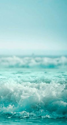 Aesthetic Backgrounds, Aesthetic Iphone Wallpaper, Aesthetic Wallpapers, Ocean Wallpaper, Wallpaper Backgrounds, Iphone Wallpaper Summer, Mint Wallpaper, Blue Beach, Sea Waves