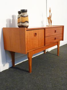 1000 images about meuble vintage on pinterest commode vintage buffet and - Buffet scandinave vintage ...