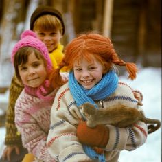 Kids Book Series, Pippi Longstocking, Childhood Days, Child And Child, Childrens Books, Beautiful People, Winter Hats, Retro, Knitting
