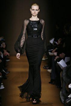 Andrew Gn at Paris Fashion Week Fall 2009 - Livingly Black Batman, Column Dress, Nice Dresses, Runway, Paris Fashion, Fall, Outfits, Clothes, Beautiful