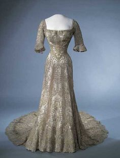 Gala dress of Queen Maud of Norway ca. 1902