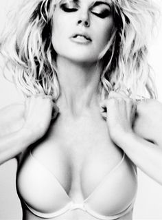 Nicole Kidman | Mario Testino | V Magazine September 2012 | 'Truth or Bare' - 3 Sensual Fashion Editorials | Art Exhibits - Anne of Carversville Women's News