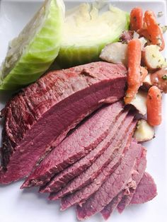 Corned Beef slow cooked in Guinness stout and onions to fork-tender perfection. Stout infuses your corned beef with a luciious malty, slightly sweet flavor. Corned Beef Recipes, Slow Cooker Recipes, Crockpot Recipes, Chicken Bombs, Corn Beef And Cabbage, Jewish Recipes, Entree Recipes, Entrees, Good Food