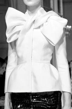 Draped bow jacket, haute couture fashion details // Giambattista Valli Spring 2012