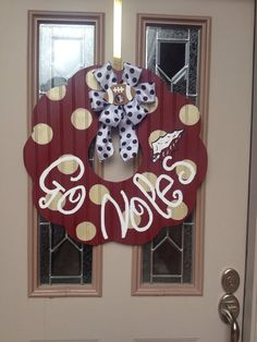 Florida state wreath by shutthefrontdoors on Etsy, $65.00