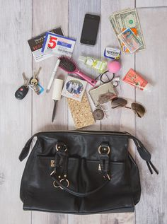 how to organize your purse, get organized, big purse, cosmetic bag, coupon container, vera bradley, stella & dot