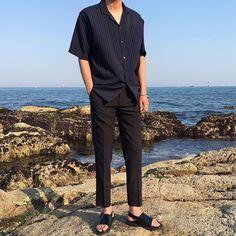 Korean Fashion Men, Korean Men, Boy Fashion, Mens Fashion, Fashion Outfits, Boyish Style, Outfits Hombre, Casual Outfits, Men Casual